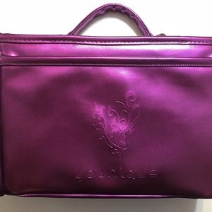 YOUNIQUE Presenter Metallic Purple Make Up Case